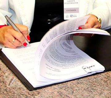 Assessorament en la redacció de contractes